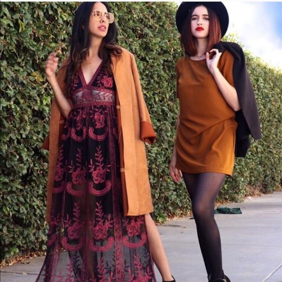 boutique Dresses & Skirts - MONEY MOVES LACE MAXI DRESS